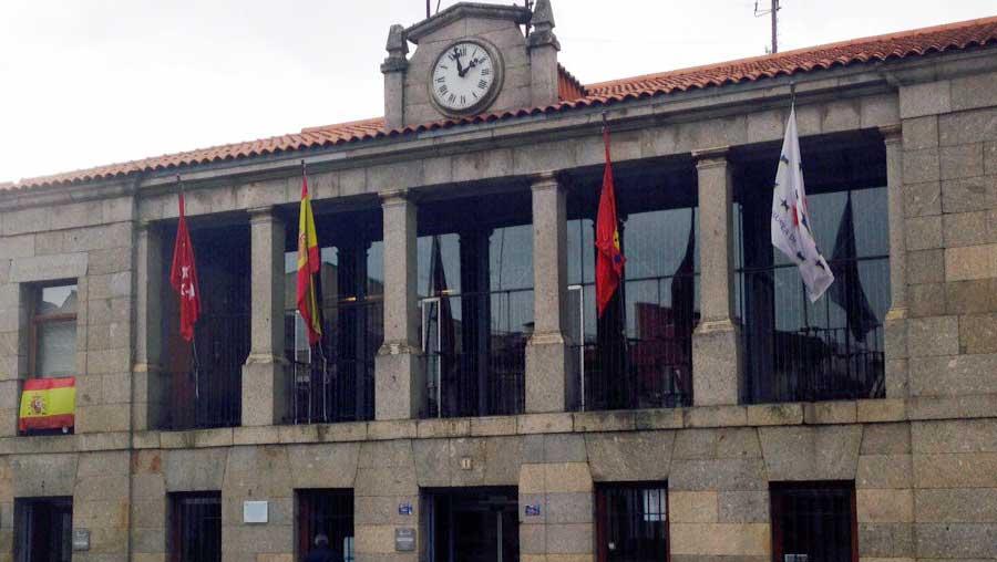 Solicitudes al Ayuntamiento Robledo de Chavela
